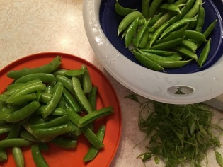 snap peas for veggie plate