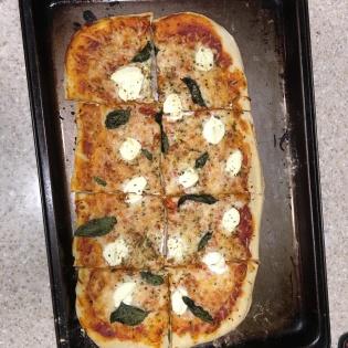 Ricotta/basil pizza